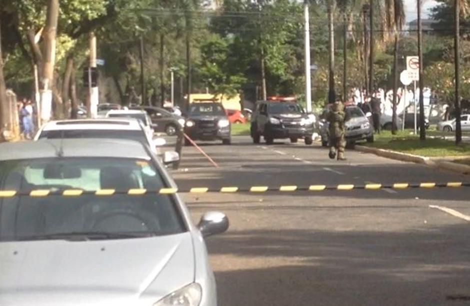 Esquadrão antibombas detona suposto artefato explosivo na UFG