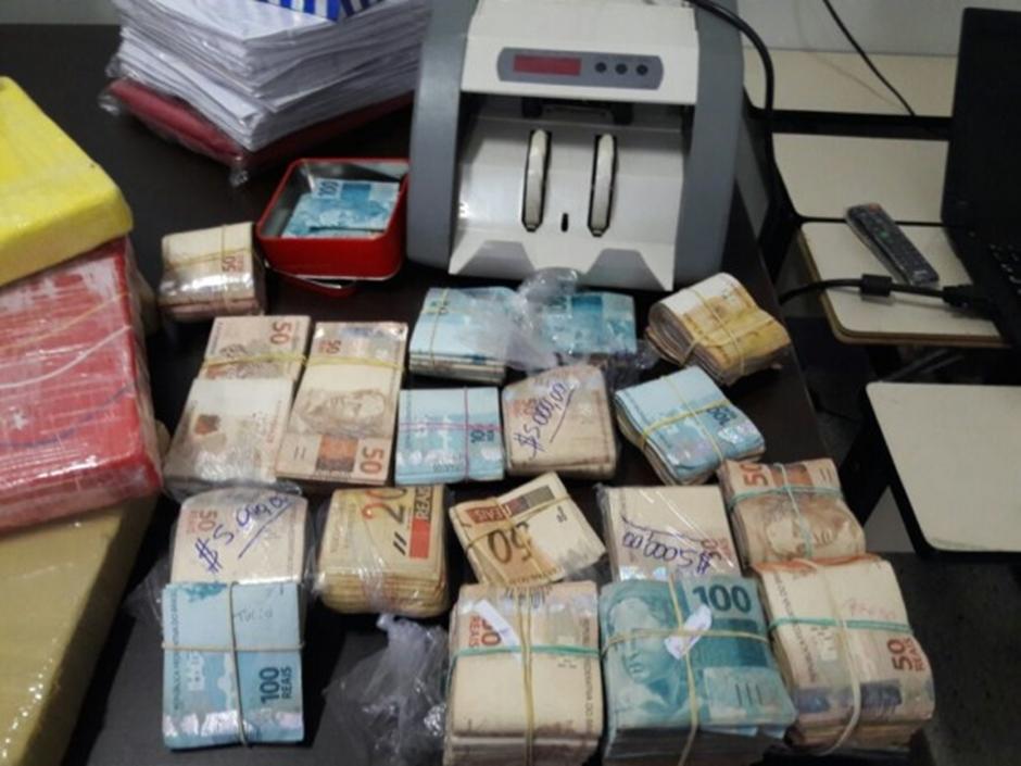 PC fecha laboratório de refino de cocaína em Goiânia