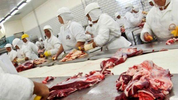 União Europeia deve endurecer controles sobre compras de carnes