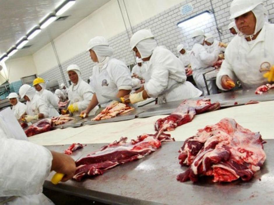 Hong Kong suspende embargo à carne de frigoríficos não investigados