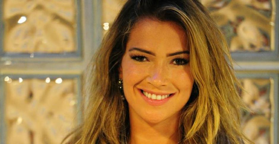 Ex-BBB diz que jornal português usou foto dela em anúncio sexual de travesti
