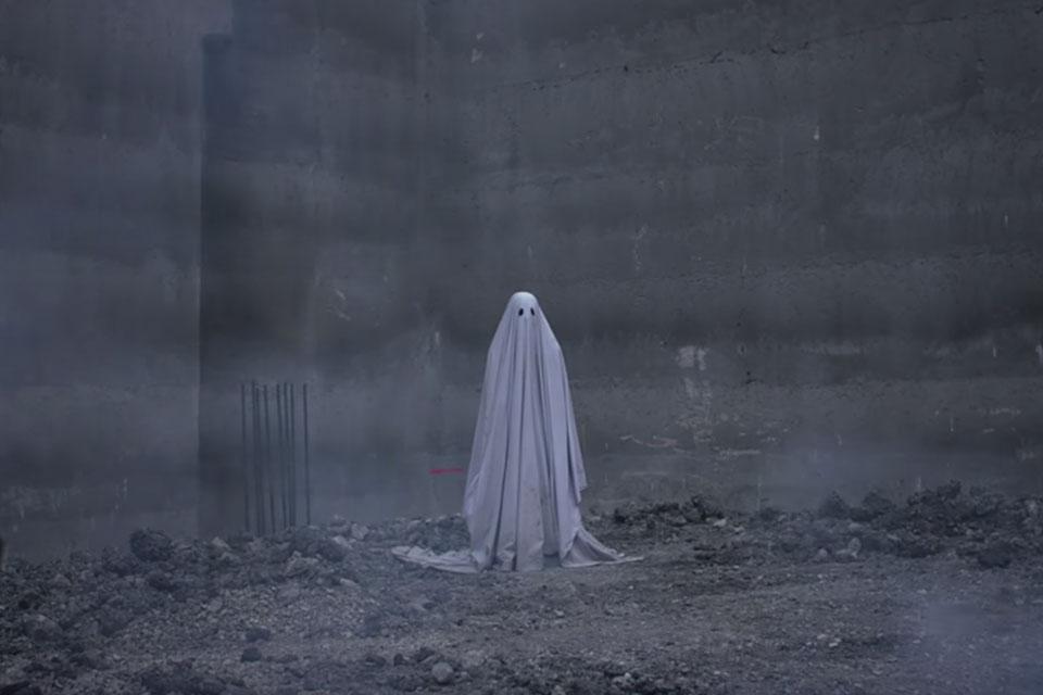 Rooney Mara e Casey Aflleck estrelam trailer do amável A Ghost Story