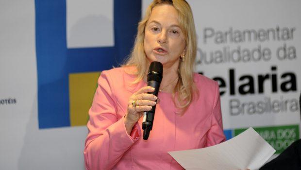 Magda Mofatto nega que tenha viajado de helicóptero com dinheiro público
