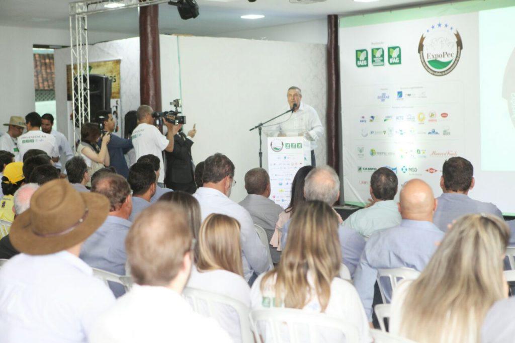 Discussões sobre os reflexos da Operação Carne Fraca dominam o primeiro dia da ExpoPec 2017