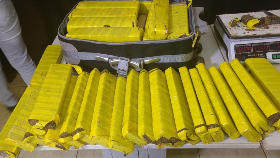 Polícia Militar apreende 40 kg de maconha em Jataí