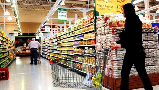 Sancionada lei que concede incentivo fiscal a fabricantes de alimentos em Goiás