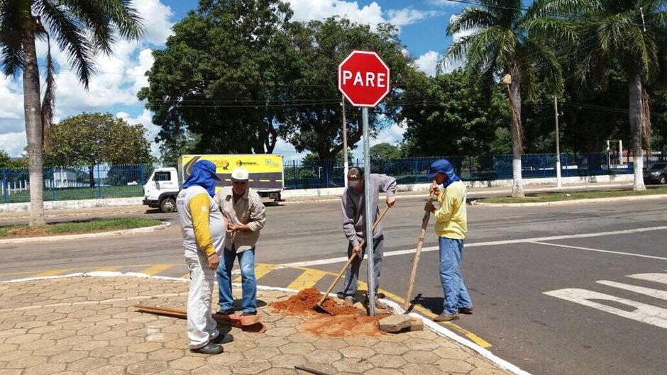 Detran-GO inicia implantação de 600 novas placas em Goiás