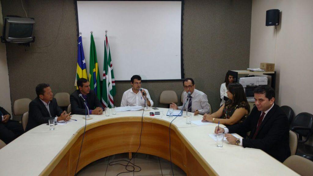 Vereadores formam comissão para fiscalizar obras do BRT