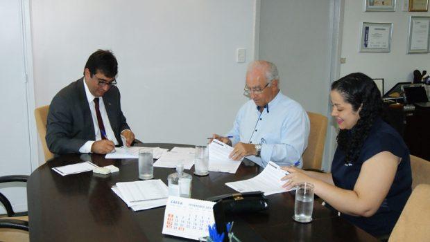 Governo firma convênios para ampliar atendimento da Vila São Cottolengo