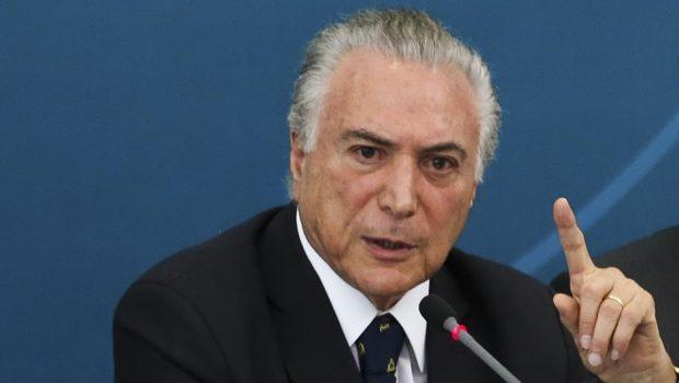 CCJ retoma debate sobre parecer de denúncia contra o presidente Temer