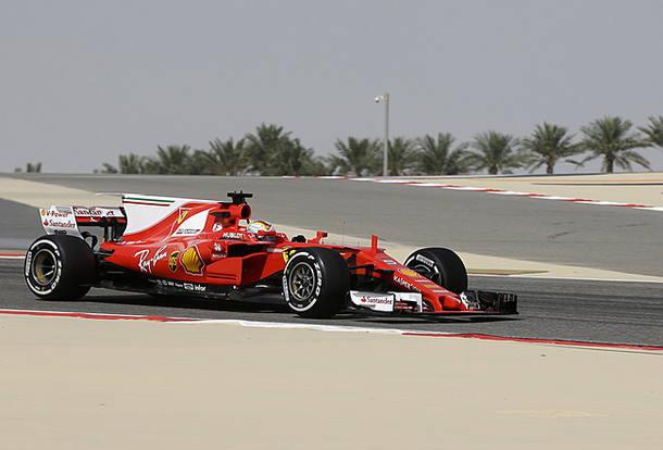 Vettel lidera e Hamilton é apenas o 10º em 1º treino no Bahrein; Massa fica em 5º