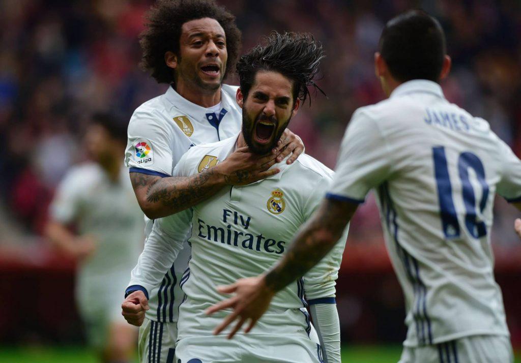 Real Madrid vence Gijón com gol no fim e assegura liderança isolada no Espanhol