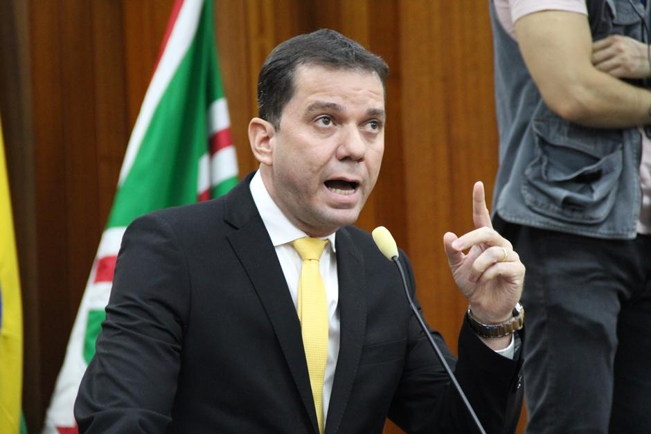 Vereador denuncia presidente da CMTC por crime de responsabilidade