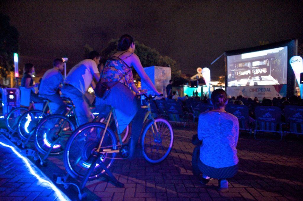Cine Pedal bota os cinéfilos para pedalar em Goiânia