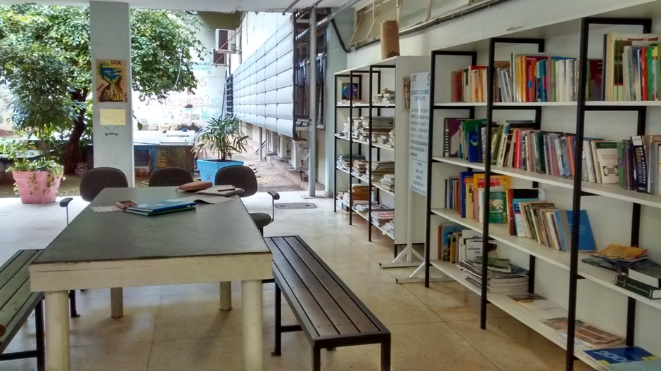 UFG realiza empréstimos de livros sem burocracia