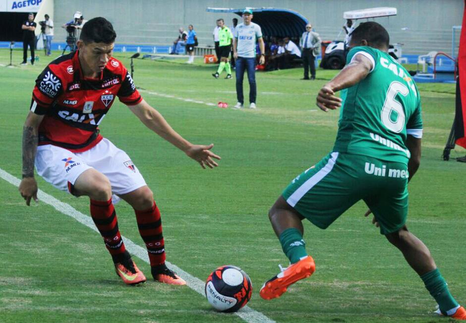Goiás vence o Atlético-GO e larga na frente na semifinal do Goianão 2017