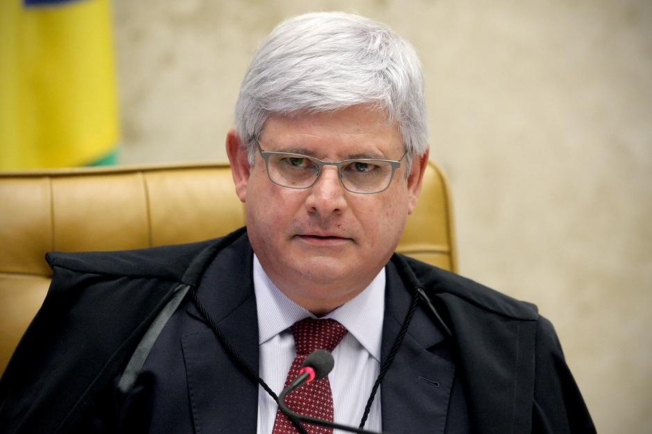Janot adia votação de resolução que pode afetar Lava Jato