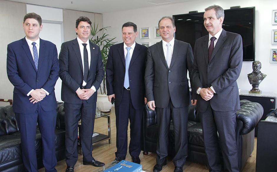 Marconi se reúne com ministros e pede recursos para a Saúde e Esporte