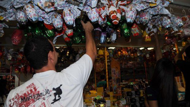 Em Goiânia, variação de preços de ovos de chocolate pode chegar até 157%, diz Procon