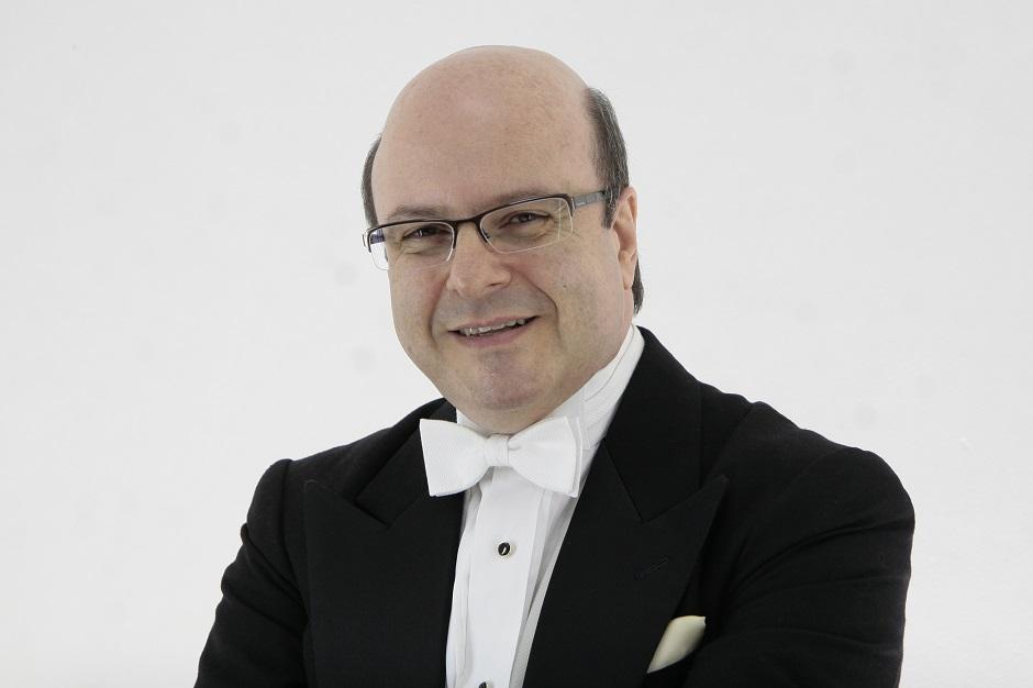 Sinfônica de Goiânia tem participação do maestro Roberto Tibiriçá