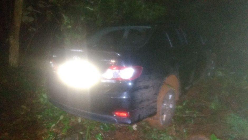 Policiais militares recuperam carro roubado em Jataí