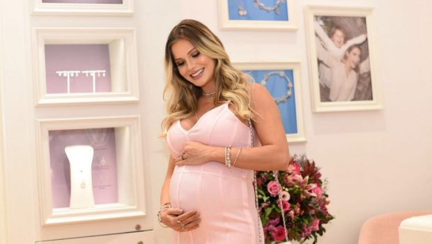 Andressa Suita revela nome do segundo filho com Gusttavo Lima