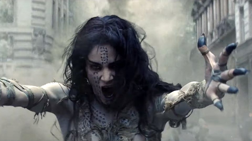 Tom Cruise está com problemas sérios no novo trailer de A Múmia