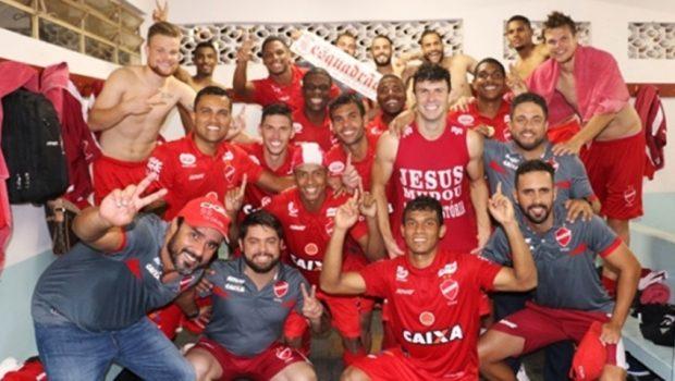 Vila Nova e Aparecidense empatam, e colorado está na decisão com o Goiás