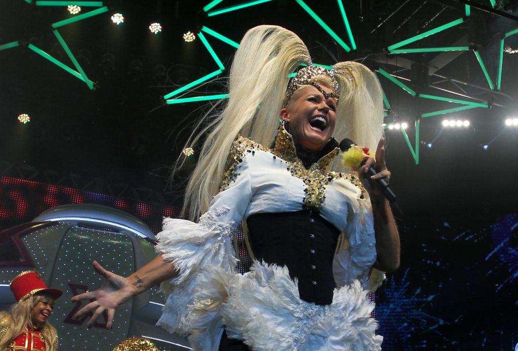 Após cancelar participação na Virada, Xuxa negocia nova data de show em SP