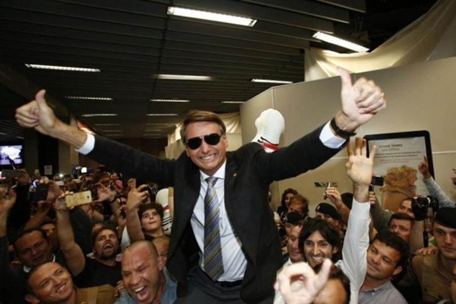 Grupo gay apoia Bolsonaro e fim de 'hegemonia de esquerda' entre homossexuais