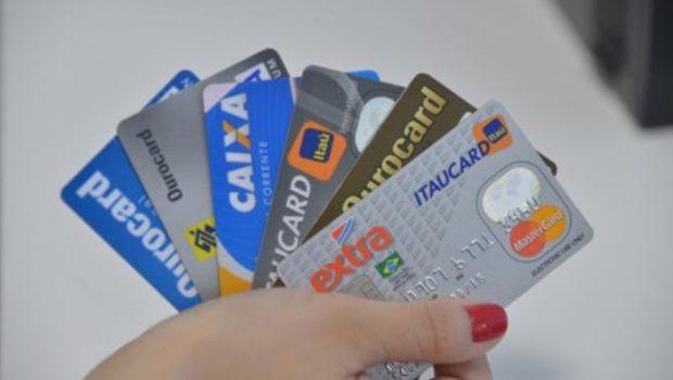 Novas regras para rotativo do cartão de crédito valem a partir de amanhã