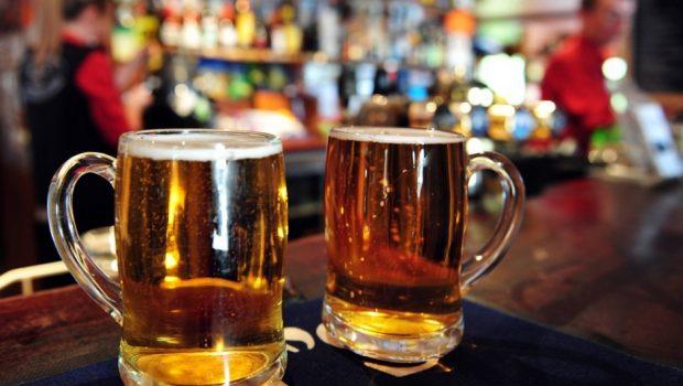 Cresce número de pessoas que dirigem após consumir álcool, diz governo