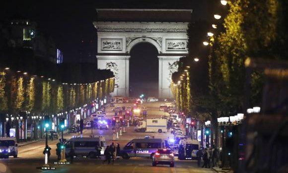 Estado Islâmico assume autoria de ataque a tiros na Champs-Élysées, em Paris