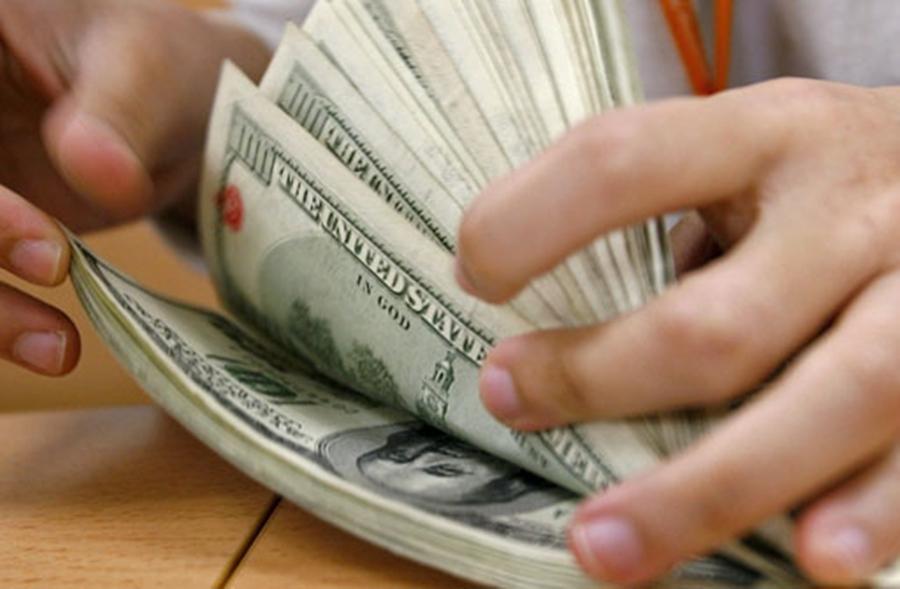 Alta do dólar eleva em R$ 15 bilhões endividamento dos estados
