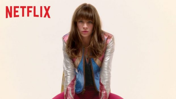 Veja o primeiro trailer de Girlboss, nova comédia da Netflix