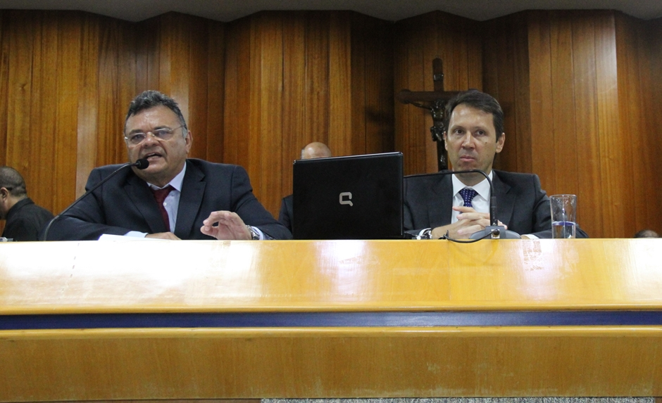 Secretário de Finanças da prefeitura de Goiânia é sabatinado por vereadores