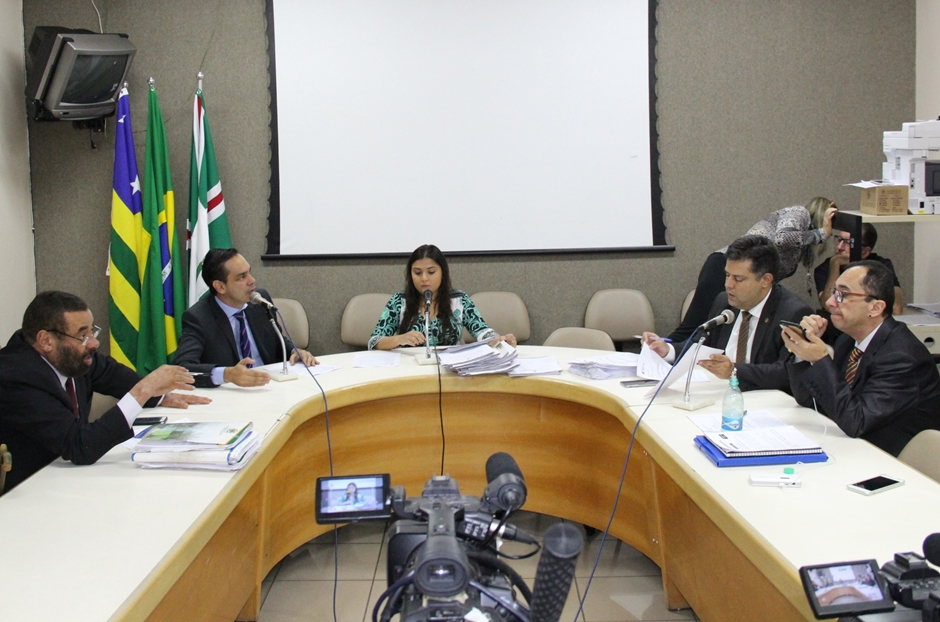 Comissão aprova projeto que proíbe a cobrança de IPTU de puxadinho