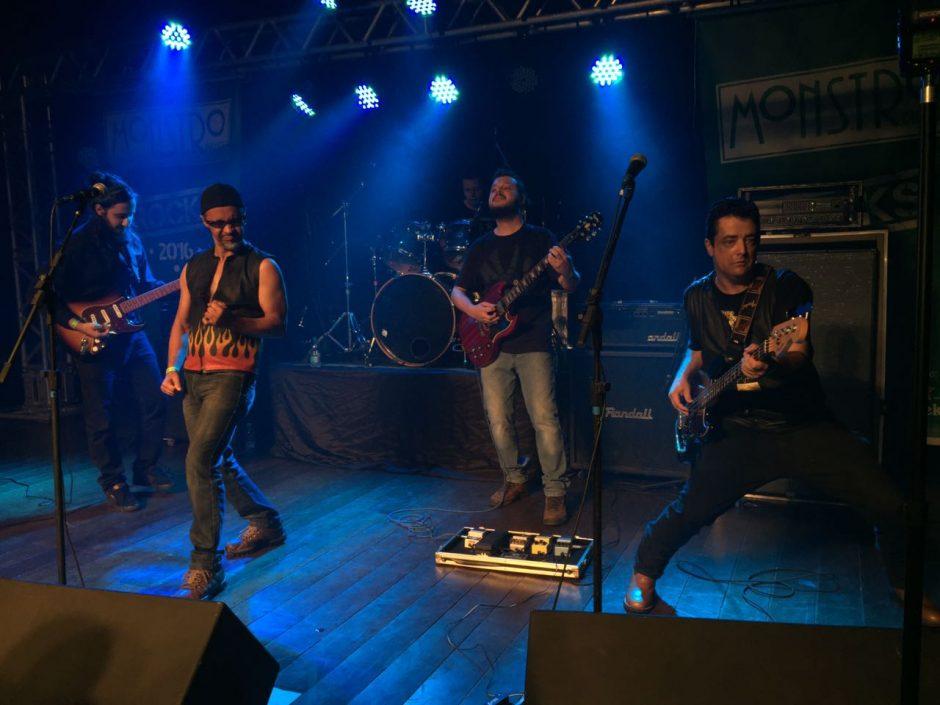 Jukebox From Hell: rock clássico em disco de estreia