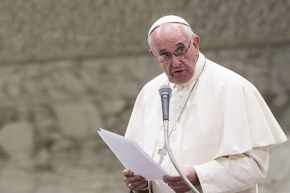 Em mensagem de Páscoa, Papa cita drama das guerras e ataque a Aleppo