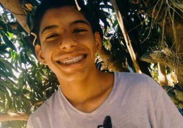 Polícia Civil faz reconstituição do assassinato de Robertinho