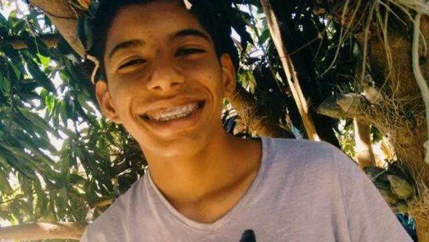 Três policiais militares são denunciados pelo assassinato de Robertinho