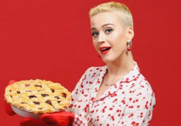 """Katy Perry põe a mão na massa para a divulgação de """"Bon Appétit"""""""