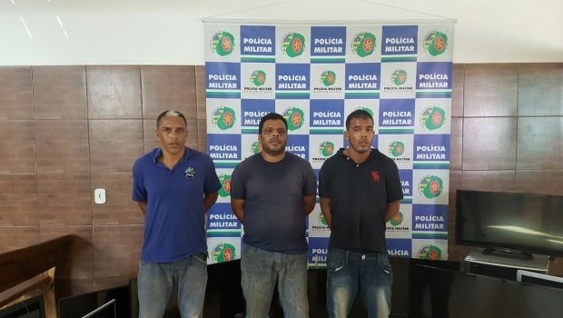 PM prende em Santo Antônio de Goiás trio suspeito de praticar série de furtos em Nerópolis