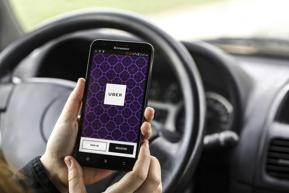 Uber tem 10 dias pra sair da Itália