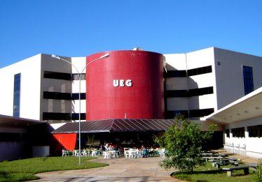 Inscrições para vestibular de Medicina e Direito na UEG vão até quarta