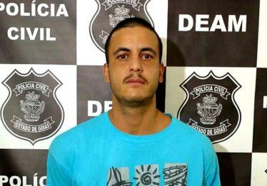 Homem que matou a namorada a facadas e roubou seus pertences em Valparaíso é preso