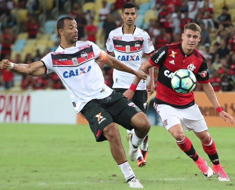 Após título, Zé Ricardo vê Fla com 'desafio enorme' na Libertadores