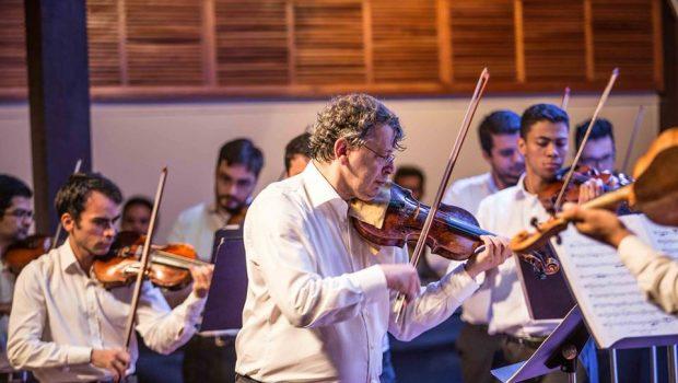 Maestro holandês David Rabinovich oferece masterclasses de regência e violino