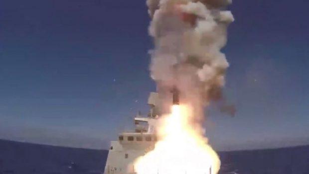 Rússia dispara mísseis contra alvos do Estado Islâmico na Síria