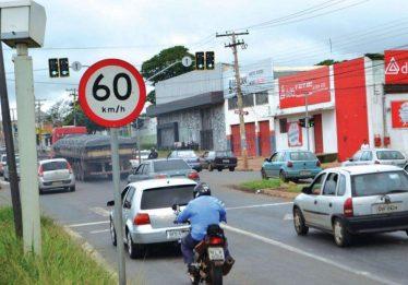 Prefeitura de Goiânia deve retomar fiscalização por fotossensores até a próxima semana